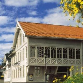 Referat fra Grand Dîner på Hotel Norge i Lillesand